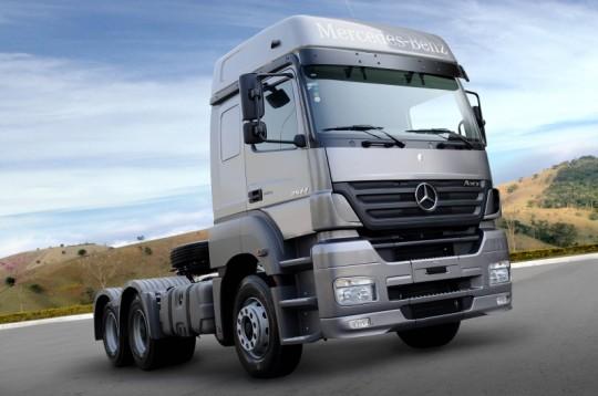 Camioane Mercedes-alegerea perfecta