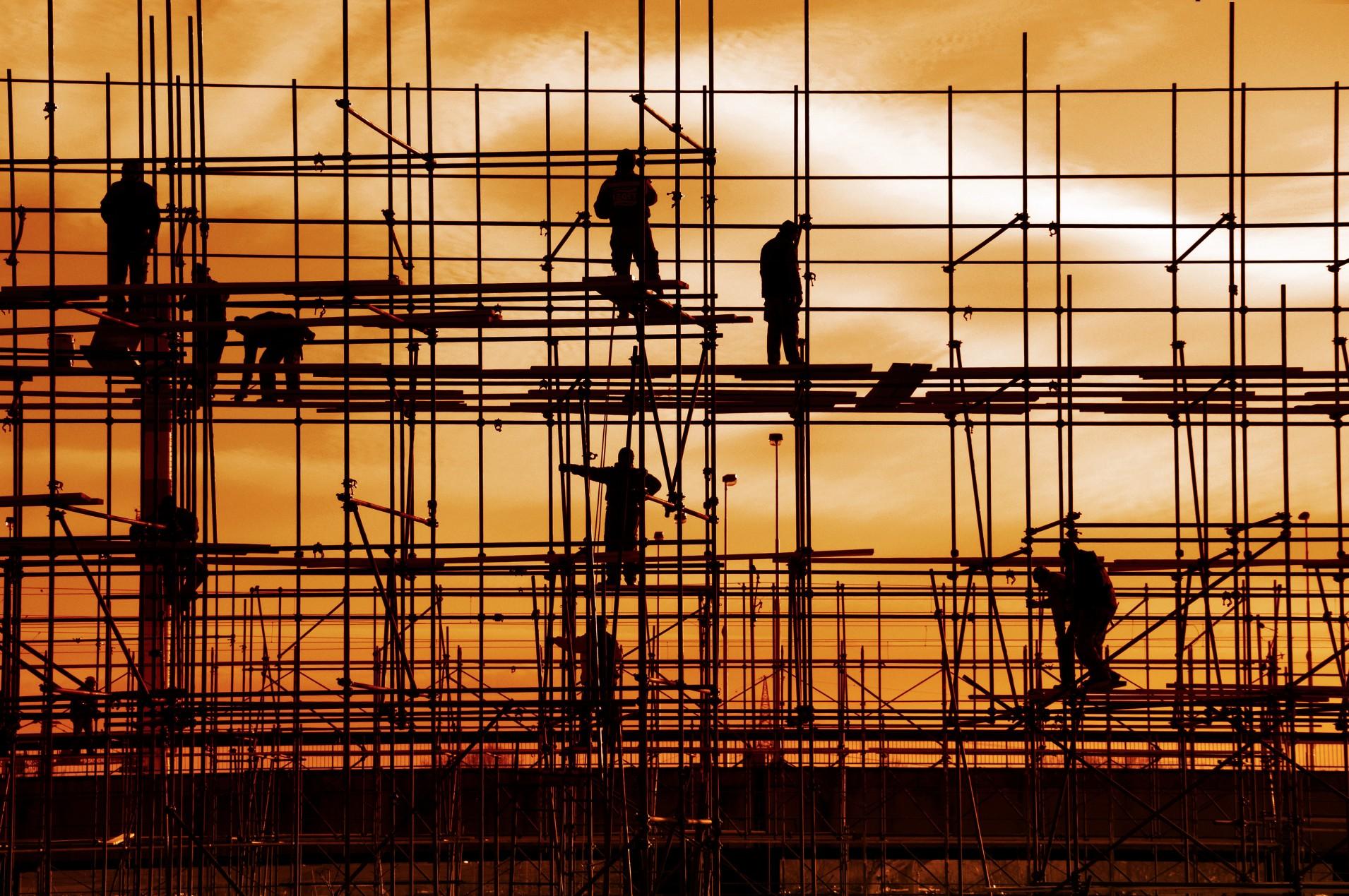 Apeleaza la inchiriere schele metalice pentru constructii sigure si rapid realizate!