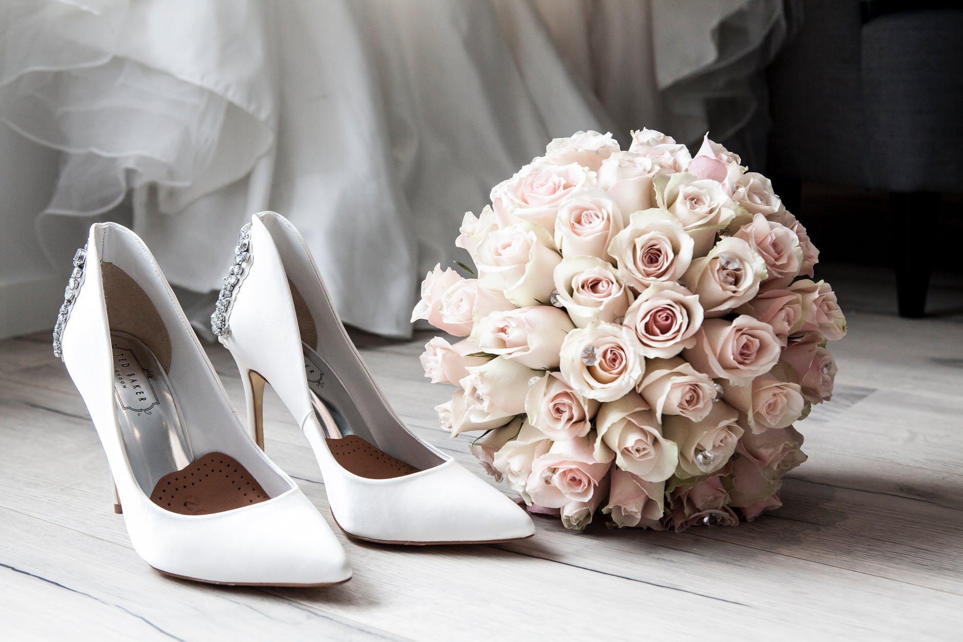 Gandeste-te la toate acele formatii nunta Bucuresti care iti vor asigura o nunta de vis